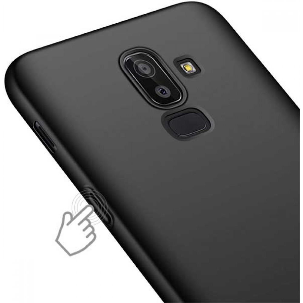 Чехол для Samsung Galaxy J8 2018 черный силиконовый